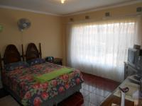 Main Bedroom - 19 square meters of property in The Orchards