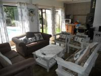 Lounges - 70 square meters of property in Port Edward