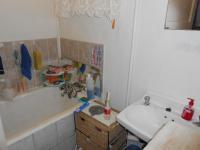 Main Bathroom - 12 square meters of property in Nigel