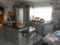 Kitchen - 26 square meters of property in Balfour