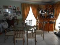 Dining Room - 20 square meters of property in Balfour