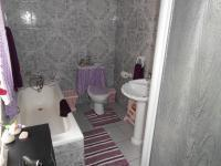 Bathroom 1 - 8 square meters of property in Balfour