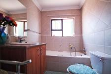 Bathroom 1 - 8 square meters of property in Six Fountains Estate
