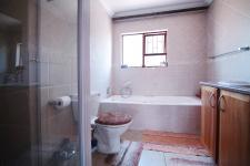 Main Bathroom - 7 square meters of property in Six Fountains Estate