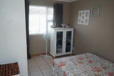 Bed Room 3 - 12 square meters of property in Parklands