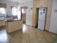 Kitchen - 31 square meters of property in Umtentweni