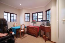 Study of property in Woodhill Golf Estate