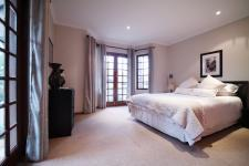 Bed Room 2 - 10 square meters of property in Woodhill Golf Estate