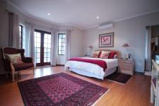 Main Bedroom - 42 square meters of property in Woodhill Golf Estate