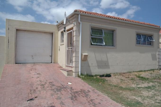 Standard Bank EasySell 3 Bedroom House For Sale in Bernadino Heights - MR123632
