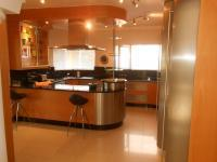 Kitchen - 25 square meters of property in Hartbeespoort