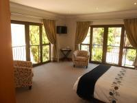 Bed Room 1 - 37 square meters of property in Hartbeespoort
