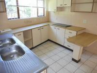 Kitchen - 29 square meters of property in Shelly Beach