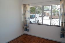 Bed Room 2 - 12 square meters of property in Parow Central