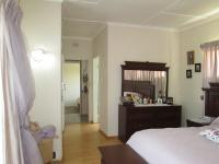 Main Bedroom - 33 square meters of property in Silverfields