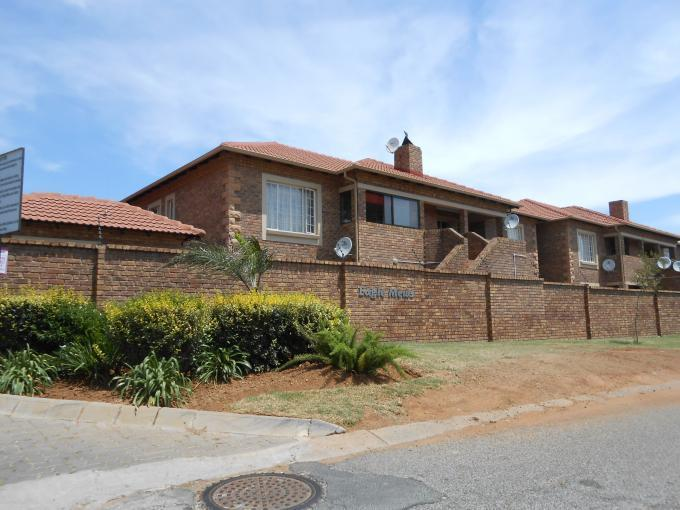 Standard Bank EasySell 2 Bedroom Cluster For Sale in Kempton Park - MR123715