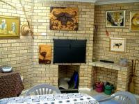Entertainment - 38 square meters of property in Sedgefield
