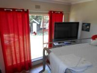Bed Room 2 - 11 square meters of property in Isandovale
