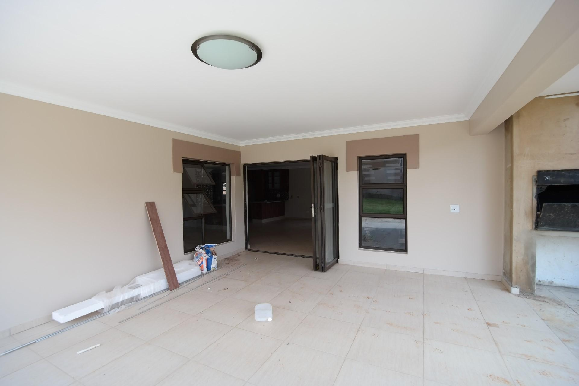 Patio - 28 square meters of property in The Wilds Estate