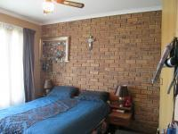 Main Bedroom - 12 square meters of property in Rangeview