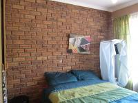 Bed Room 1 - 8 square meters of property in Rangeview