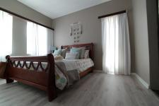 Bed Room 1 - 11 square meters of property in Woodlands Lifestyle Estate