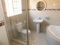 Main Bathroom - 9 square meters of property in Centurion Central (Verwoerdburg Stad)