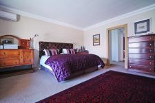 Main Bedroom - 42 square meters of property in Silver Lakes Estate