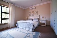 Bed Room 2 - 17 square meters of property in Silver Lakes Estate
