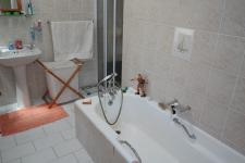 Bathroom 1 - 8 square meters of property in Constantia CPT