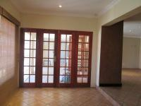 Lounges - 32 square meters of property in Radiokop