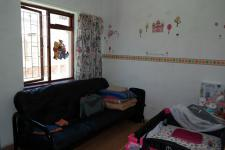 Bed Room 2 - 19 square meters of property in Bothasig