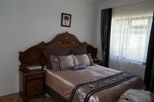 Main Bedroom - 14 square meters of property in Bothasig
