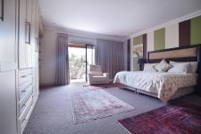 Main Bedroom - 42 square meters of property in Silver Lakes Golf Estate