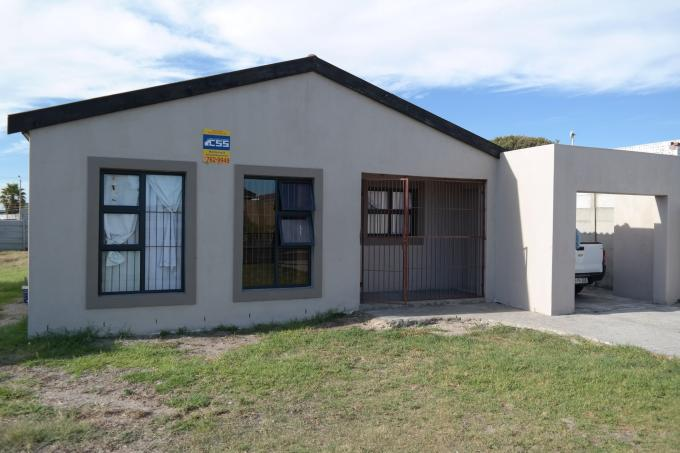 4 Bedroom House for Sale For Sale in Zeekoei Vlei - Home Sell - MR124006