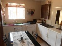 Kitchen - 44 square meters of property in Hartbeespoort