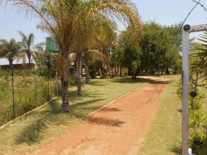 Farm for Sale For Sale in Hartbeespoort - Private Sale - MR124011