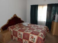 Main Bedroom - 19 square meters of property in Hurlyvale