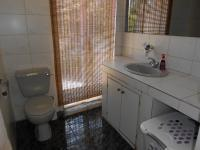 Main Bathroom - 6 square meters of property in Hurlyvale