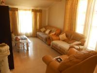 Lounges - 23 square meters of property in Kwaggasrand