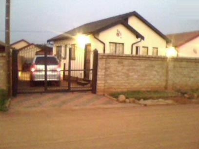 2 Bedroom House for Sale For Sale in Soshanguve - Home Sell - MR12406