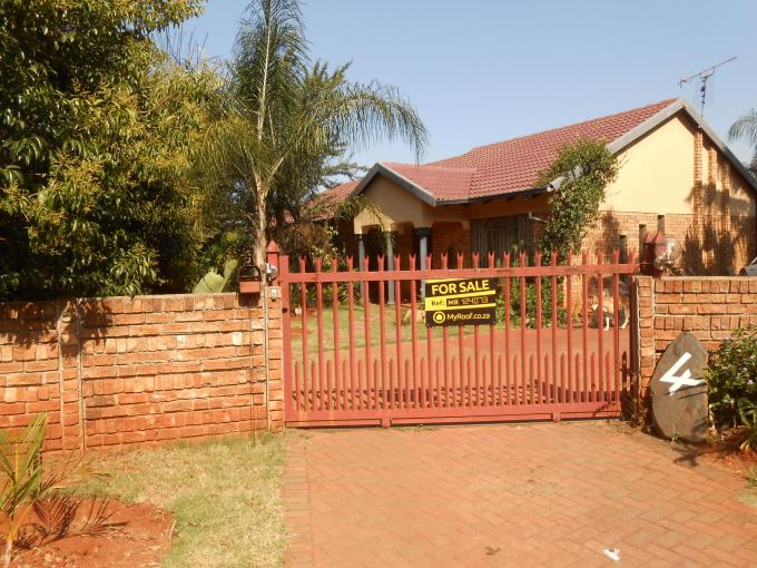Standard Bank EasySell 4 Bedroom House for Sale For Sale in Dorandia - MR124073
