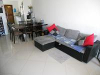 Lounges - 14 square meters of property in Durban Central