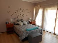 Bed Room 1 - 17 square meters of property in Beyers Park