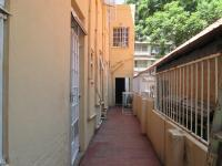 Spaces - 10 square meters of property in Yeoville