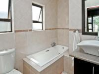 Bathroom 2 - 11 square meters of property in Beverley A.H.