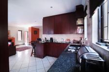 Kitchen - 13 square meters of property in The Meadows Estate
