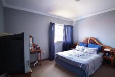 Main Bedroom - 32 square meters of property in The Meadows Estate