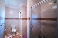 Bathroom 1 - 4 square meters of property in The Meadows Estate