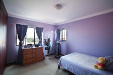 Bed Room 3 - 13 square meters of property in The Meadows Estate